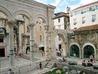 Diocletian's palace sightseeing tour